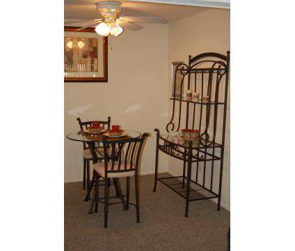2 Beds - Darlington Court Apartments at 560 Darlington Ln in Crystal Lake IL is a Apartment