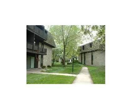 2 Beds - Tanglewood Apartments at 2217 Tanglewood Dr in Hammond IN is a Apartment