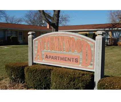 2 Beds - Autumnwood Apartments at 734 N Gladstone in Aurora IL is a Apartment