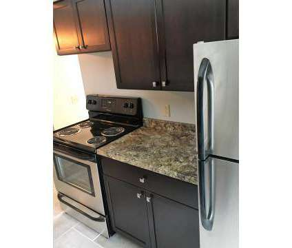 2 Beds - Shadow Creek at 11560 Somerset Dr in North Royalton OH is a Apartment