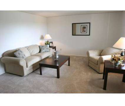 3 Beds - Woodside Terrace Apartments at 2901 Parklane Nw in Canton OH is a Apartment