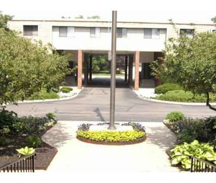 1 Bed - Kings Highlands at 4979 Kingshill Dr in Columbus OH is a Apartment
