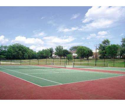 1 Bed - Chelsea Townhomes at 2005 Noe Bixby Rd in Columbus OH is a Apartment