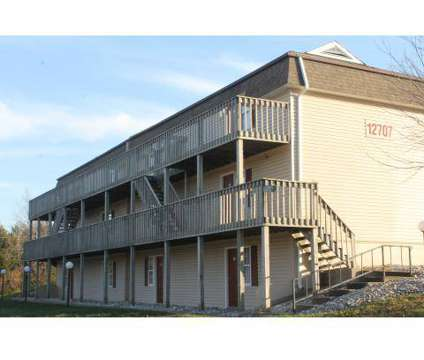 3 Beds - Daisy Walnut Apartments at 208 Blue Ridge Extension Suite C in Grandview MO is a Apartment