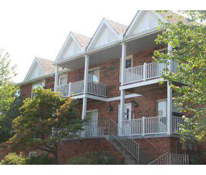3 Beds - Laurelwood Apartments & Townhomes at 401 Collingwood Ct in Cranberry Township PA is a Apartment