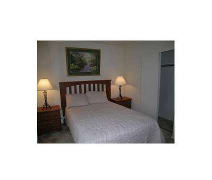 3 Beds - Varsity Square Apartments at 1097 Varsity East in Bowling Green OH is a Apartment
