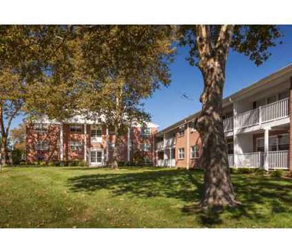 2 Beds - Crestview Apartments at 971 Us Hwy 9 North in Parlin NJ is a Apartment