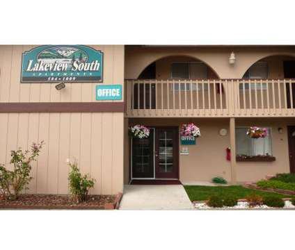 Studio - Lakeview South at 10214 Lakeview Avenue Sw in Lakewood WA is a Apartment