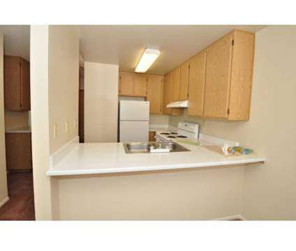 3 Beds - Amberwood at 923 Alturas Road in Fallbrook CA is a Apartment