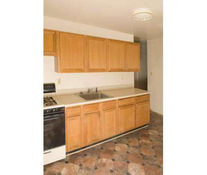 2 Beds - Pineview Gardens at 1143 W 7th St in Plainfield NJ is a Apartment
