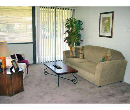 3 Beds - The Edison at 567 Jefferson Avenue in Memphis TN is a Apartment