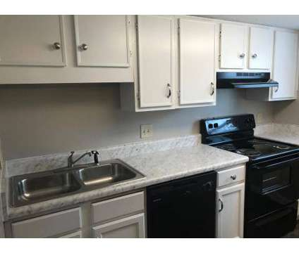 1 Bed - Pauline Place at 23 S Pauline St in Memphis TN is a Apartment