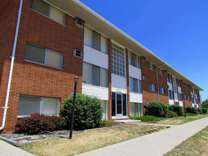2 Beds - Westland Estates Apartments