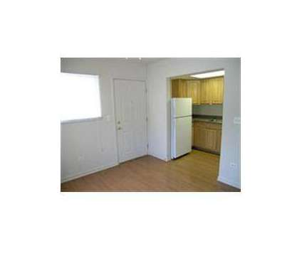 1 Bed - Lincoln Court Apartments at 405 S Batavia Avenue in Batavia IL is a Apartment