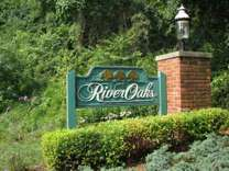 2 Beds - River Oaks Townhomes