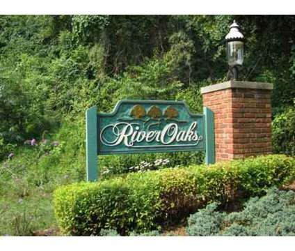 2 Beds - River Oaks Townhomes at 1 Oakhurst Cir in Pittsburgh PA is a Apartment