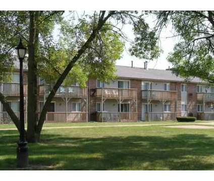 1 Bed - Manchester Court Apartments at 14700 Central Avenue in Oak Forest IL is a Apartment