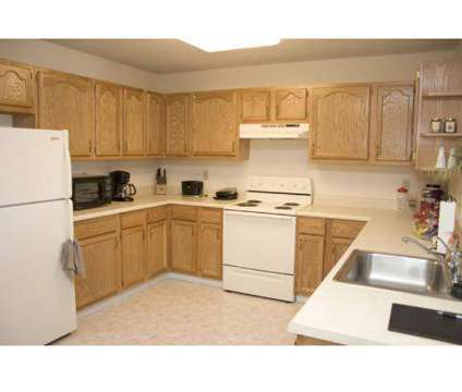 2 Beds - Parkside Estates at 202 Ketchum Dr in Canonsburg PA is a Apartment