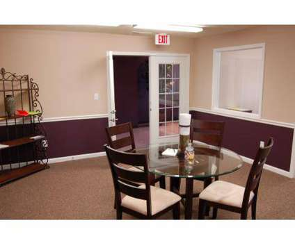 1 Bed - Deerfield Commons at 1725 Windmere Ct in Lafayette IN is a Apartment