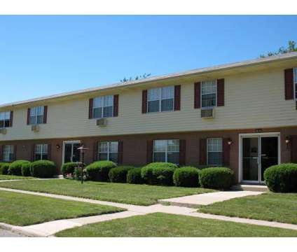 1 Bed - Winthrop Terrace of Findlay at 1200 Putnam in Findlay OH is a Apartment