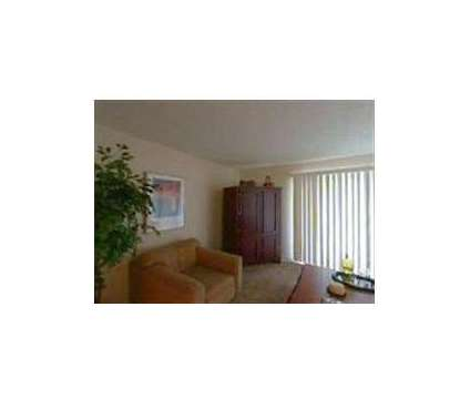 3 Beds - Shady Knoll at 200 Knoll Cir in Crawfordsville IN is a Apartment