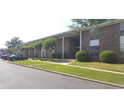 3 Beds - Chateau Orleans at 3125 Napoleon Ct in Vestavia AL is a Apartment
