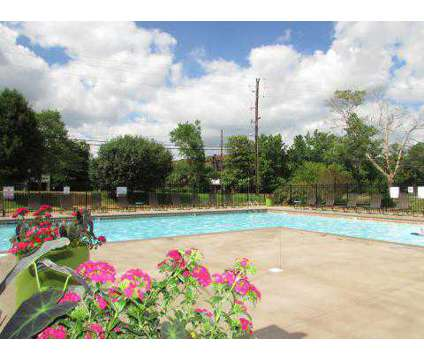 2 Beds - South Brook at 5101 Linbar Drive in Nashville TN is a Apartment