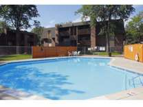 3 Beds - Centennial Place Apartments