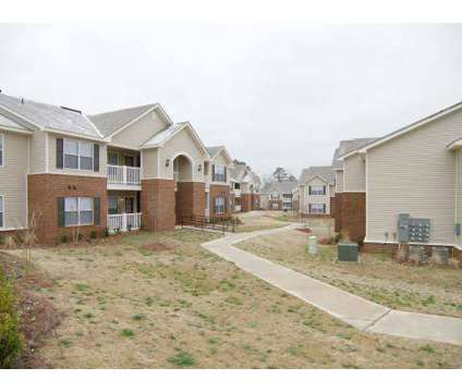 3 Beds - High Gate at 2300 Chapelridge Dr in Gardendale AL is a Apartment