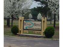 3 Beds - River Bend Waterfront Apartments