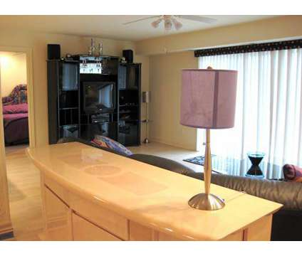 3 Beds - Fox Hill Glens at 2168 Fox Hill Dr in Grand Blanc MI is a Apartment