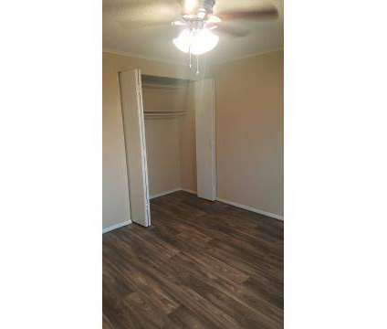 1 Bed - Lynn Village Apartments at 905 West 26th St in Lynn Haven FL is a Apartment