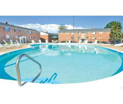1 Bed - Sage Terrace at 318 N Sage St in Kalamazoo MI is a Apartment