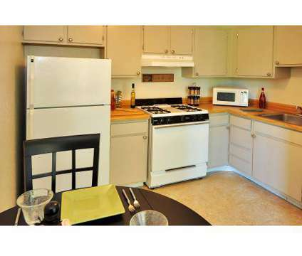2 Beds - Ashton Woods at 4645 Drummond Boulevard in Kentwood MI is a Apartment