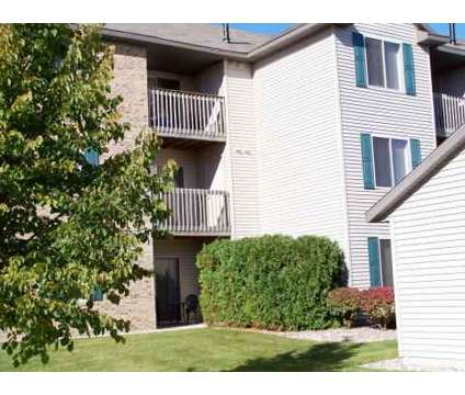 3 Beds - Royal Vista Apartments and Townhomes at 2699 Royal Vista Dr Nw in Grand Rapids MI is a Apartment