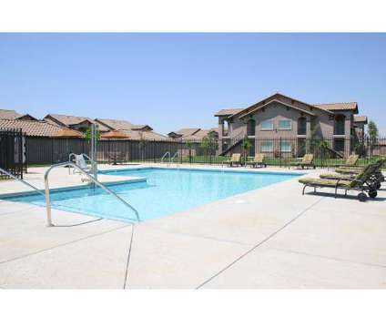 2 Beds - Palo Alto Place at 5430 W Palo Alto in Fresno CA is a Apartment