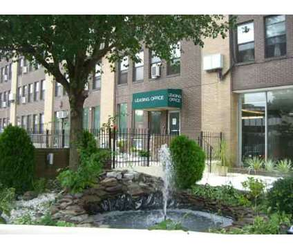 Studio - Parkview Towers at 967 Asylum Ave in Hartford CT is a Apartment