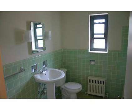 2 Beds - Negley Gardens at 400 North Negley Avenue in Pittsburgh PA is a Apartment