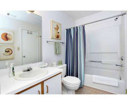 2 Beds - Eagle Ridge Apartments at 1500 Eagle Ridge Dr in Monroeville PA is a Apartment