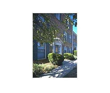 4 Beds - Yorktown Colony at 5010 Darby Road in Dayton OH is a Apartment