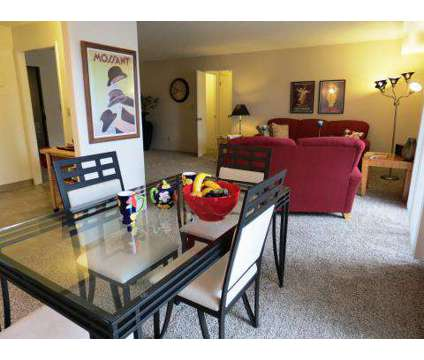 2 Beds - 3000 Grand Apartments at 3000 Grand Ave in Des Moines IA is a Apartment