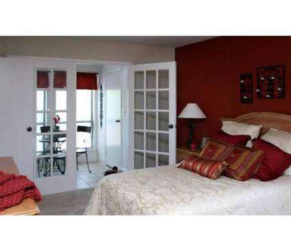 2 Beds - The Residenz at 740 Residenz Parkway in Kettering OH is a Apartment