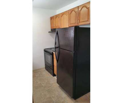 Studio - Bonfoy Apartments at 110 Bonfoy Ave in Colorado Springs CO is a Apartment