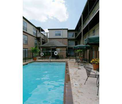 3 Beds - Yorkshire Edenborn at 3420 Edenborn Avenue in Metairie LA is a Apartment