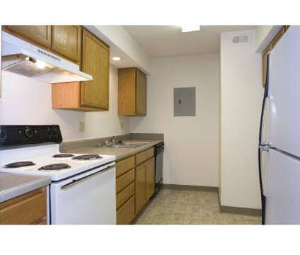 3 Beds - Stonegate Meadows at 10500 East 42nd St in Kansas City MO is a Apartment