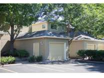 1 Bed - Kentfield Luxury Town Homes