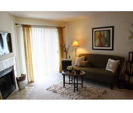 2 Beds - Arbors of Gahanna at 150 Arbors Cir in Gahanna OH is a Apartment