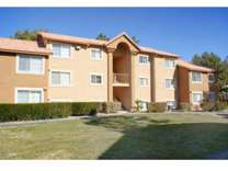 3 Beds - Royal Palms Apartments