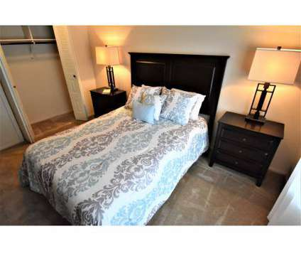 2 Beds - Irish Hills Apartments at 4245 Irish Hills Drive in South Bend IN is a Apartment