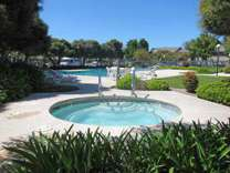 2 Beds - Stonegate Apartments